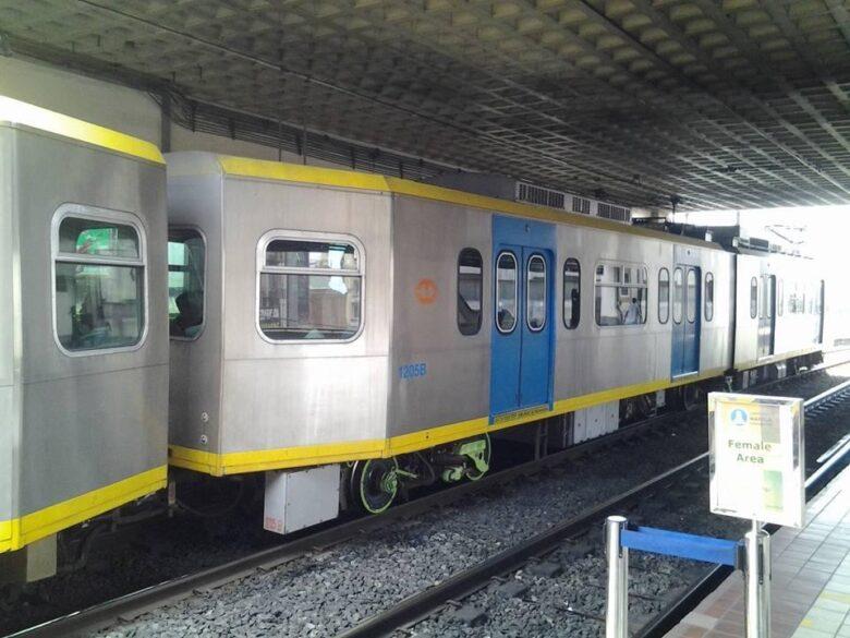 フィリピンの交通手段:電車