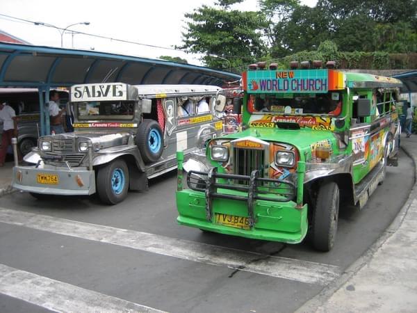 フィリピンの交通手段:ジプニー