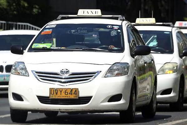 フィリピンの交通手段:タクシー